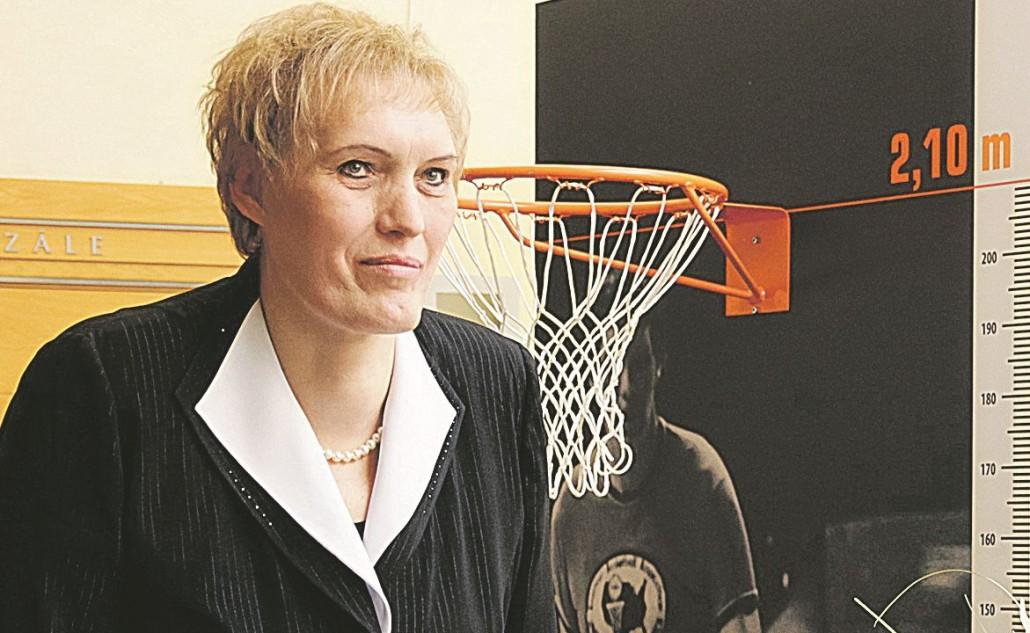 """Uļjanai Semjonovai veltītās izstādes """"Basketbols man pavēra ceļu uz pasauli!"""" atklāšana Rīgas domē."""