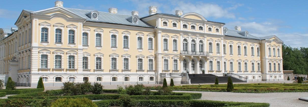 rundale-palace-834927_1920